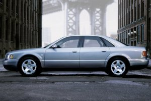 112-image-of-audi-a82